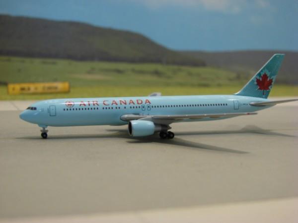 Boeing 767-300 Air Canada