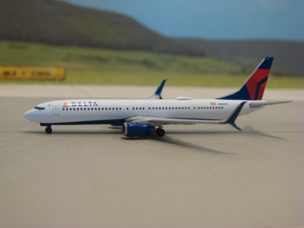 Boeing 737-900ER Delta Air Lines