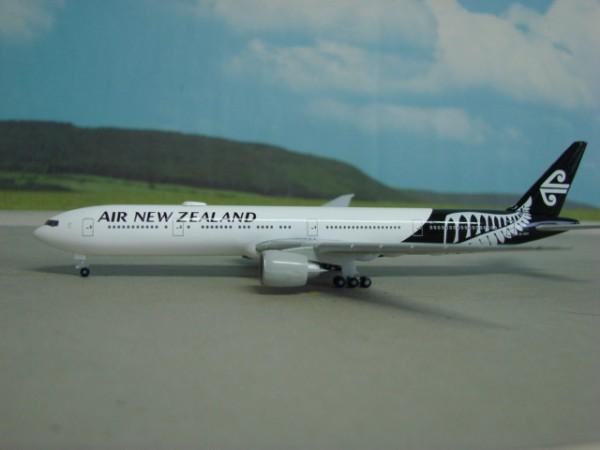 Boeing 777-300ER Air New Zealand