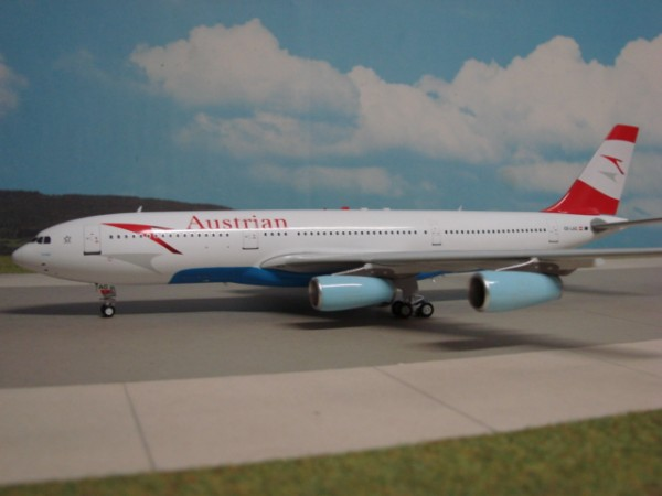 Airbus A340-200 Austrian Airlines