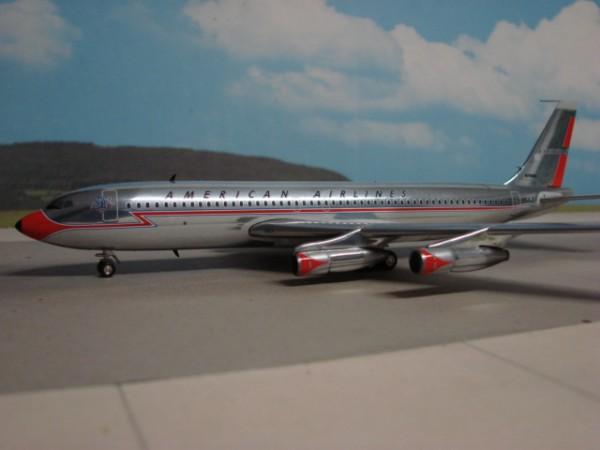 Boeing 707-100 American Airlines