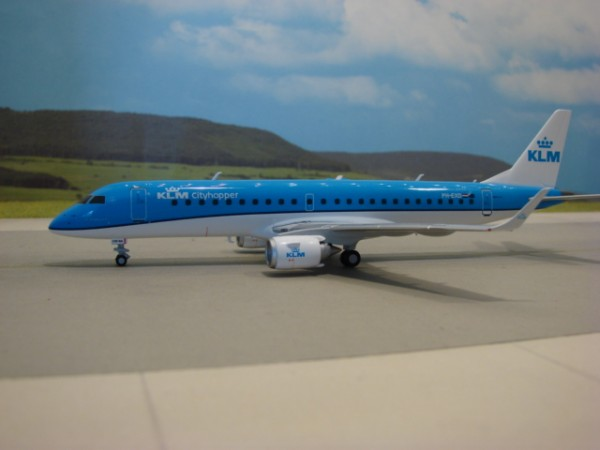 Embraer 195 KLM Royal Dutch Airlines