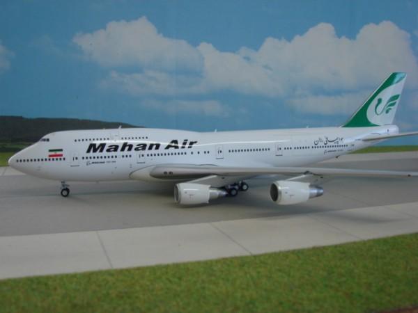 Boeing 747-300 Mahan Air