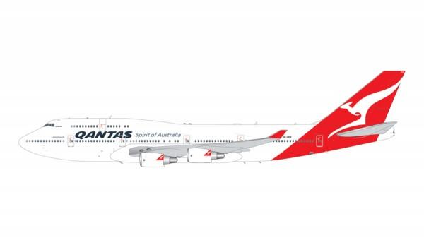 Boeing 747-400ER Qantas Airways