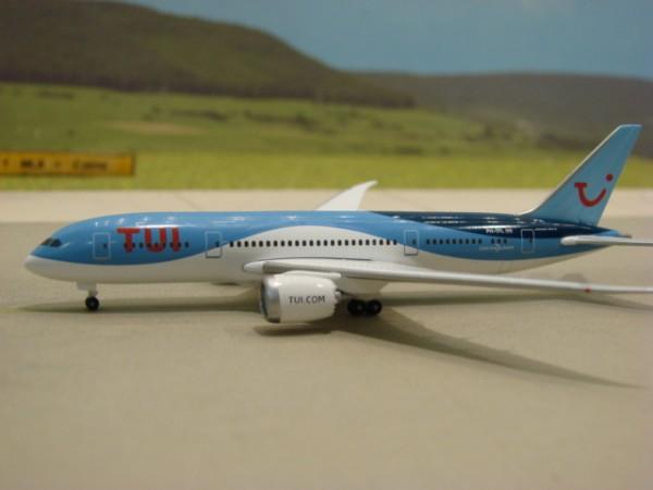 Boeing 787-8 TUI Airlines
