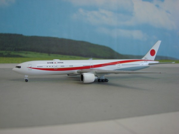 Boeing 777-300ER JASFD Japan Air Self Defense Force