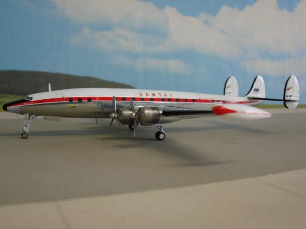 Lockheed L-1049G Qantas Airways