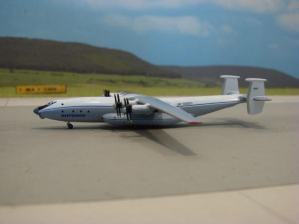 """Antonov AN-22 """"Antei"""""""