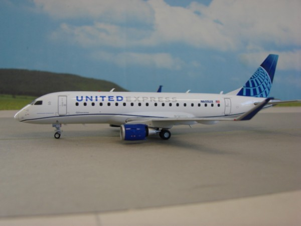 Embraer 175 United Airlines Express