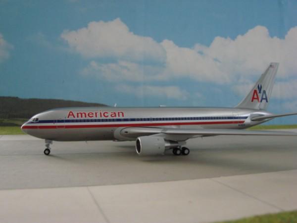 Boeing 767-200 American Airlines