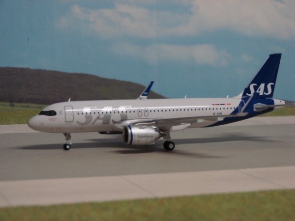 Airbus A320neo SAS Scandinavian Airlines