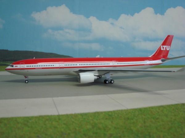 Airbus A330-300 LTU