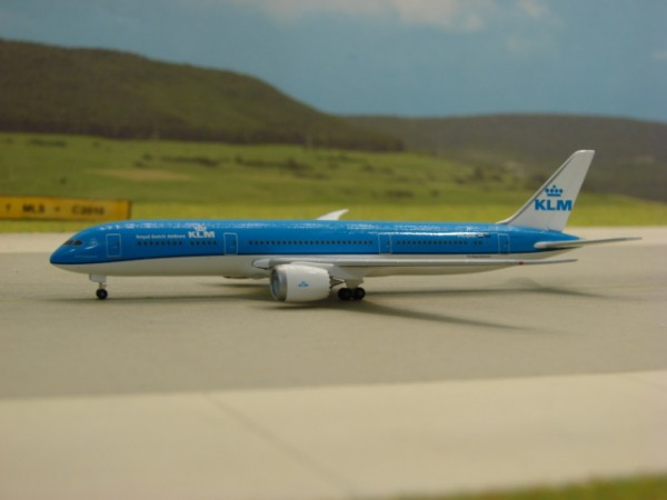 Boeing 787-9 KLM Royal Dutch Airlines