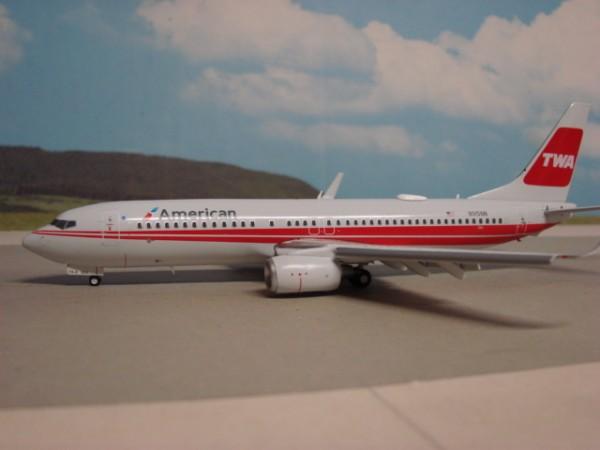 Boeing 737-800 TWA - American Airlines
