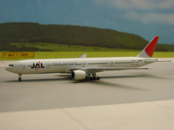 Boeing 777-300ER JAL -Japan Air Lines