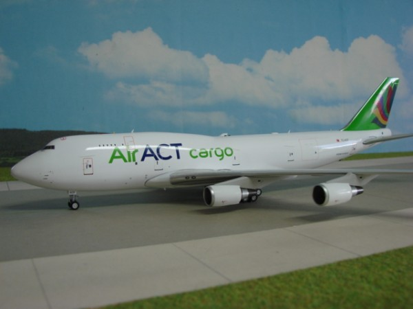 Boeing 747-400 ACT Airlines