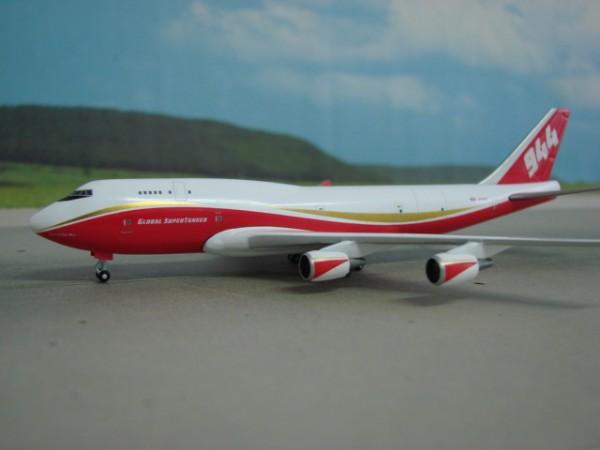 Boeing 747-400 Global Supertanker Services