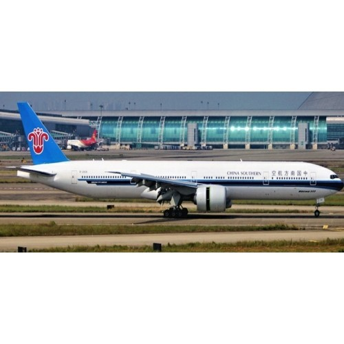 Boeing 777-300ER China Southern