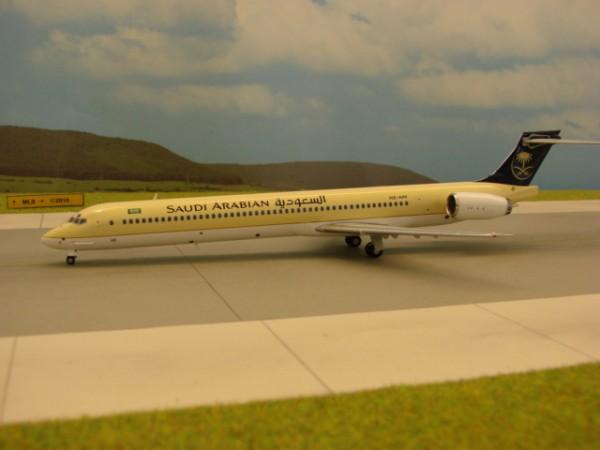 McDonnell Douglas MD-90-30 Saudi Arabian Airlines
