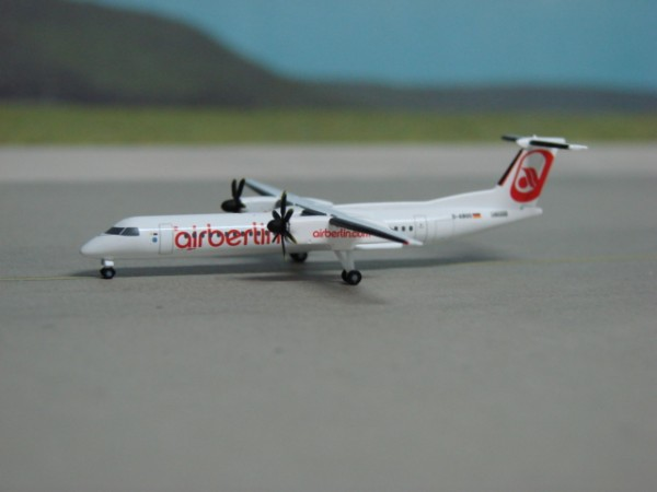 Bombardier Dash 8-Q400 Air Berlin