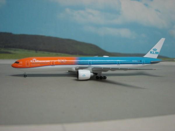 Boeing 777-300ER KLM Royal Dutch Airlines