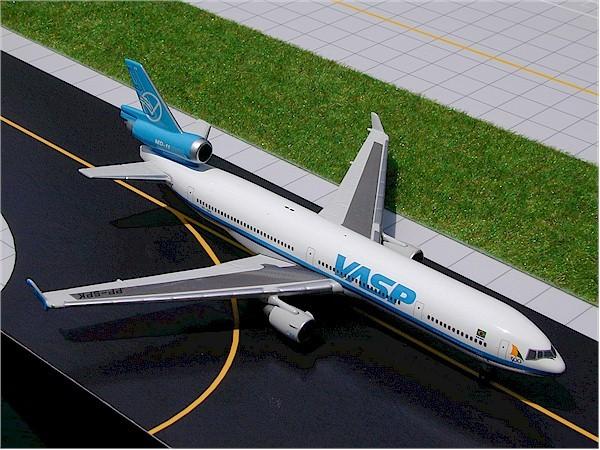 McDonnell-Douglas MD-11 VASP
