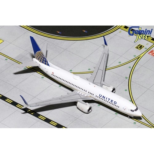 Boeing 737-800S United Airlines