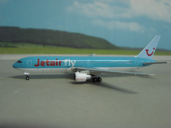 Boeing 767-300 JetairFly