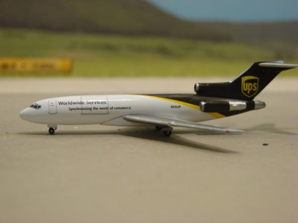 Boeing 727-200F UPS - United Parcel Service