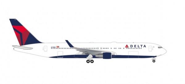 Boeing 767-300WL Delta Air Lines