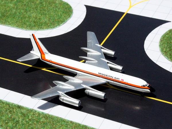 Convair CV-990 Modern Air