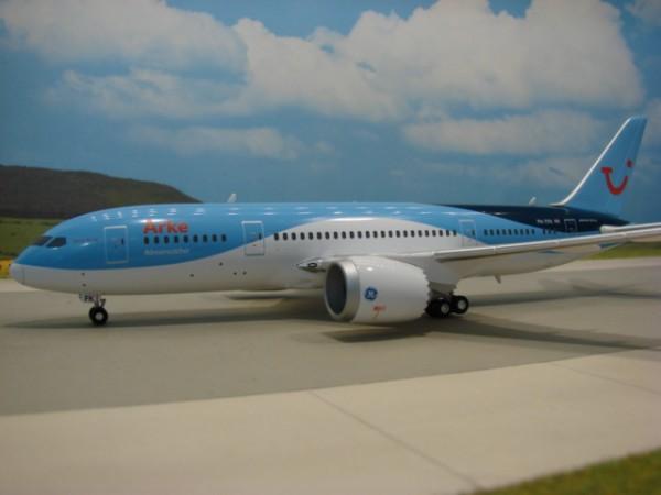 Boeing 787-8 Arke