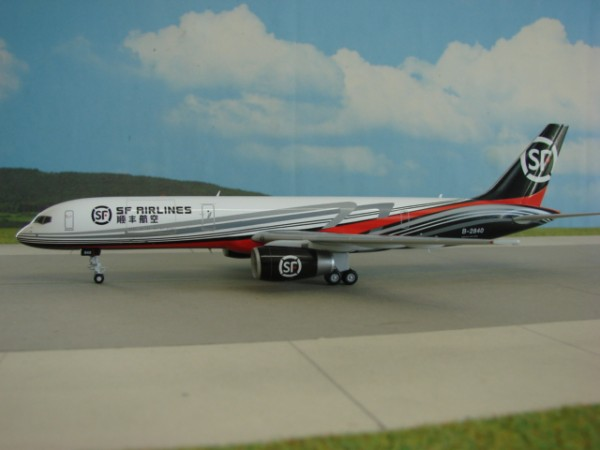 Boeing 757-200F SF Airlines