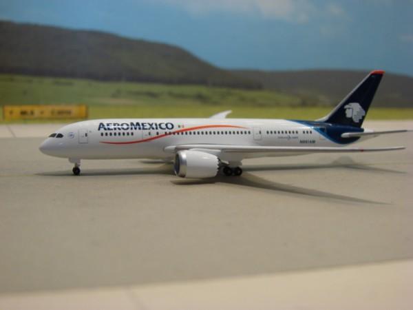 Boeing 787-8 Aeromexico