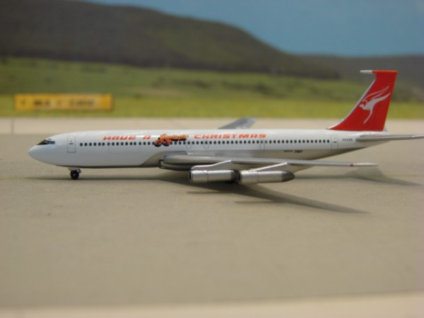 Boeing 707-300 Qantas Airways