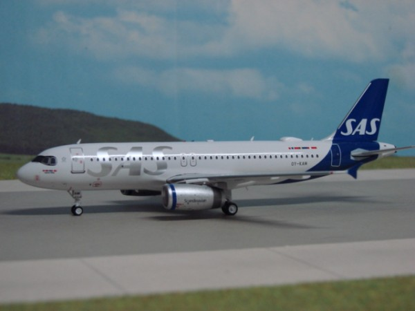 Airbus A320-200 SAS Scandinavian Airlines