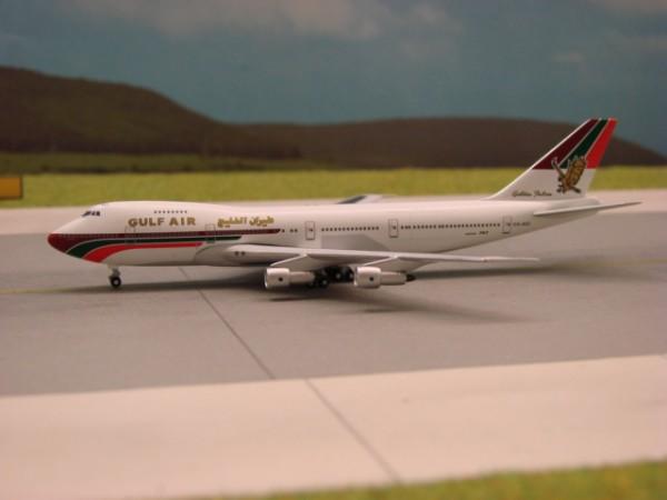 Boeing 747-200M Gulf Air
