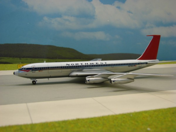 Boeing 707-300 Northwest Orient Airlines