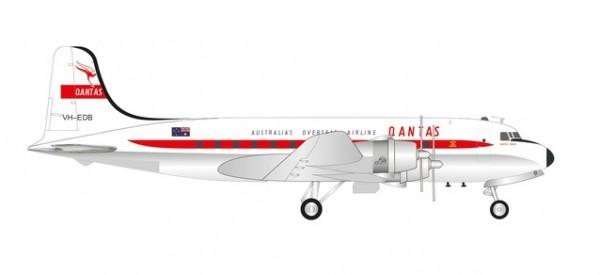 Douglas DC-4 Qantas