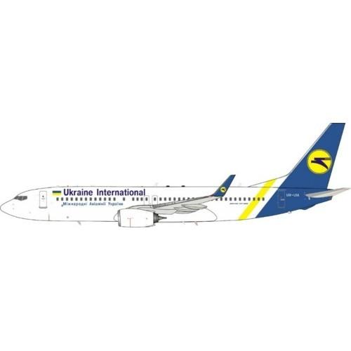 Boeing 737-800 Ukraine International