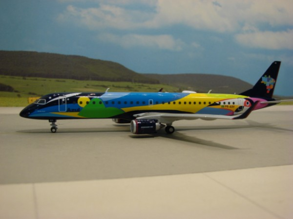 Embraer 195 Azul Brazilian Airlines