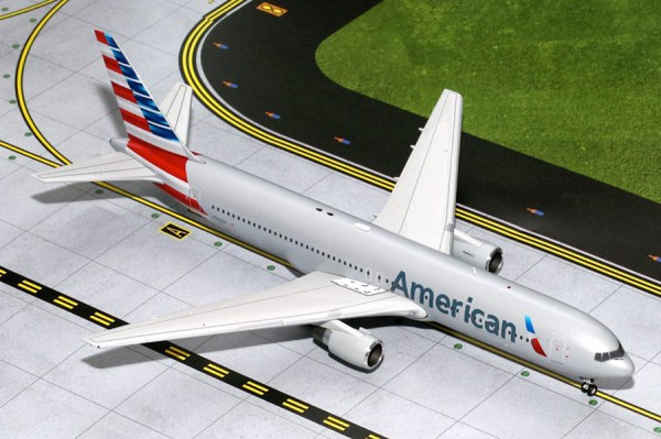 Boeing 767-300 American Airlines