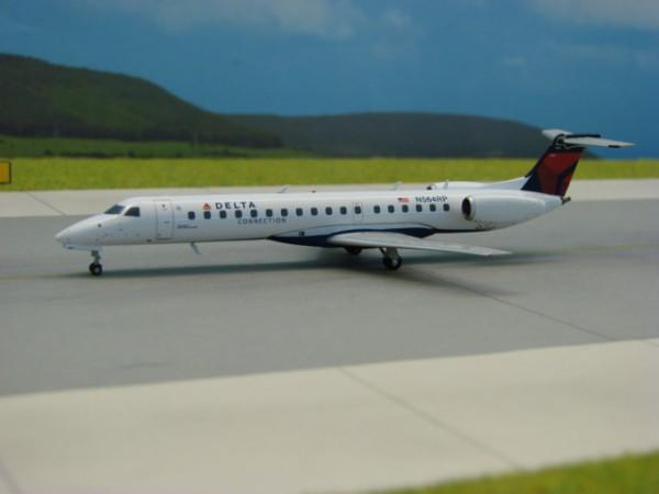 Embraer ERJ-145 Delta Connection
