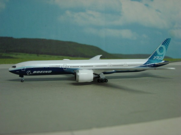 Boeing 777-9 Boeing House Livery
