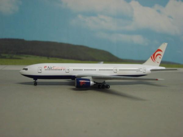 Boeing 777-200 Air Europe