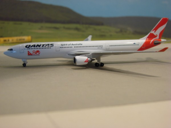 Airbus A330-300 Qantas Airways