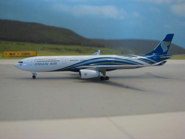 Airbus A330-300 Oman Air
