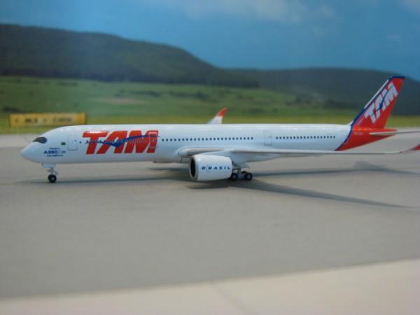 Airbus A350-900 TAM Linhas Aéreas
