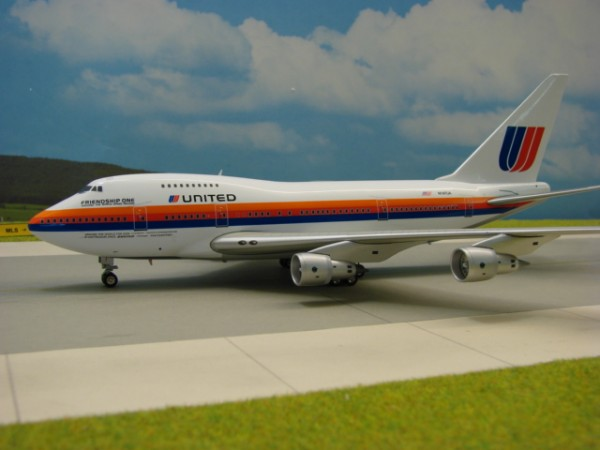 Boeing 747SP United Airlines